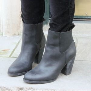 EUC {LUCKY BRAND} Parlei Leather Ankle Booties